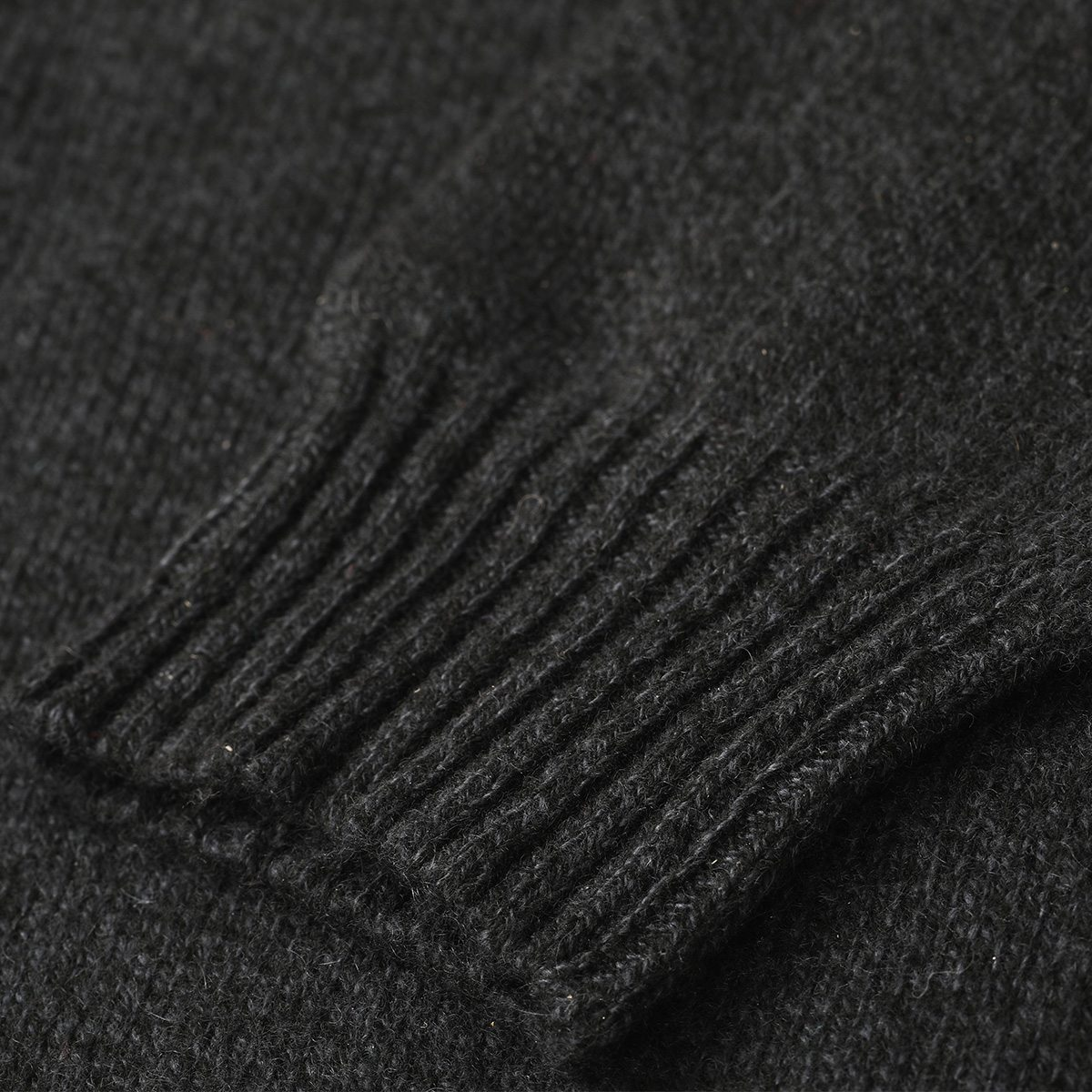Taimen Cashmere Knit Sweater