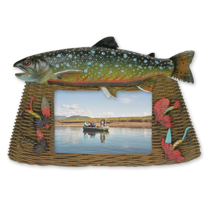 Picture frame fishing gadgets taimen for Fishing picture frame
